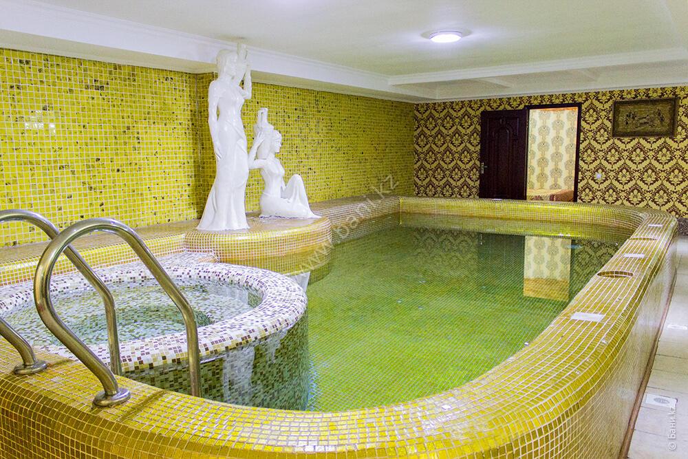 Сауны «Русская баня» в комплексе Cairo – Восточная сауна