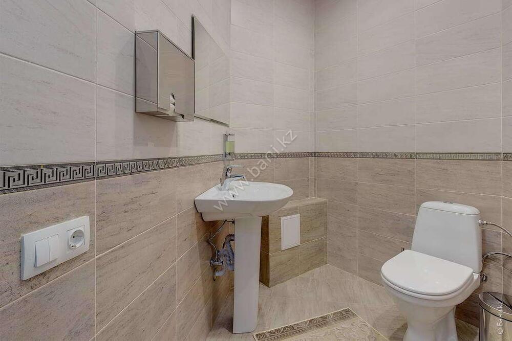 Баня «Светлая» в комплексе «VIP-сауна Альпийская» – Фото сауны «Темная» – фото 14