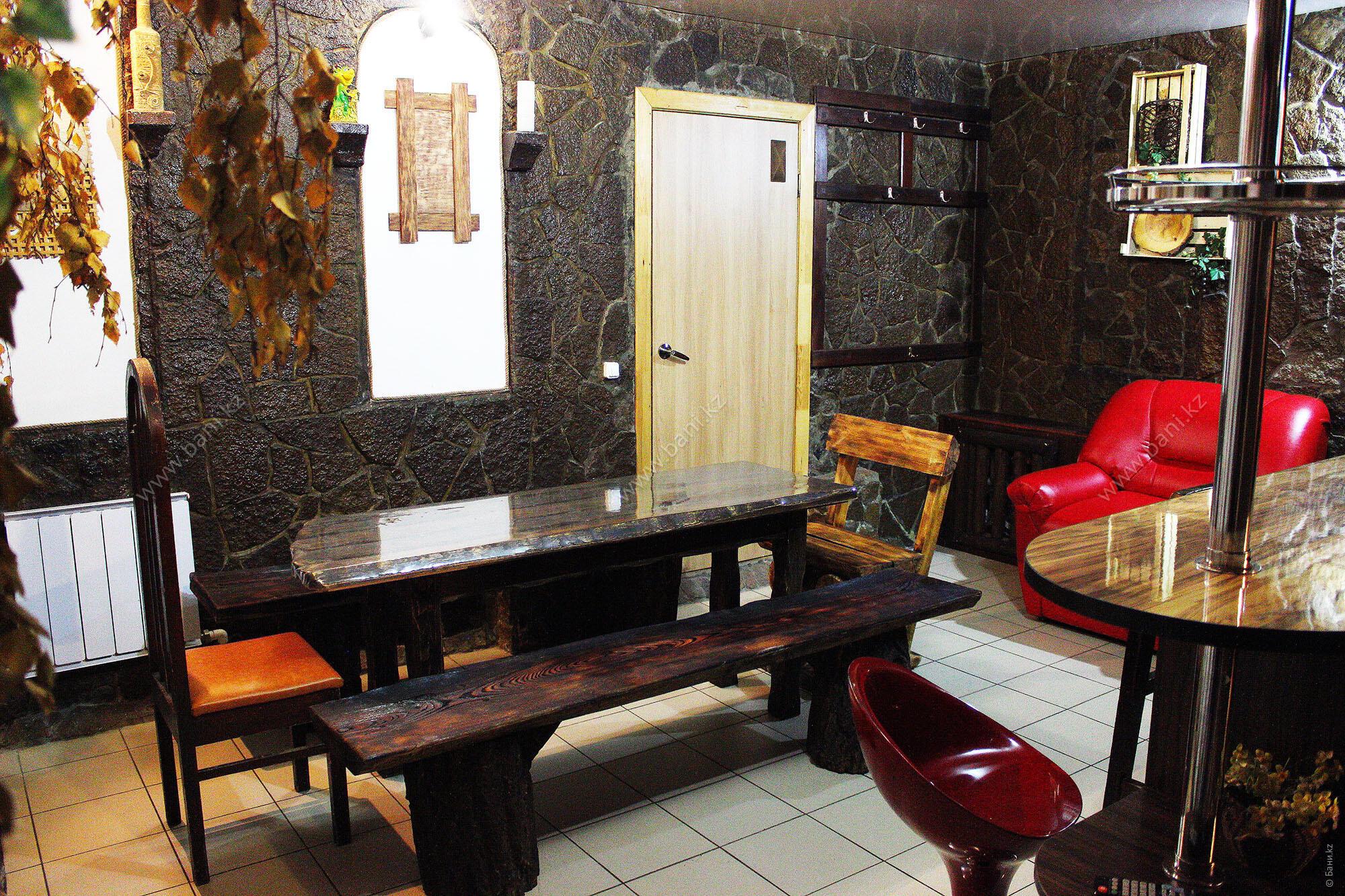 Малая сауна в банном комплексе «Попаримся»  – Большая сауна